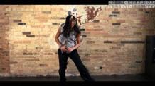 【スロー動画素材】ヒップホップダンスを踊る女性ダンサー